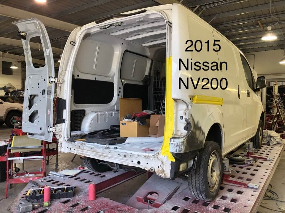 2015-nissan-nv200-progress-1sm